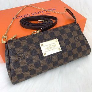 %100 Leather Louis Vuitton Eva Clutch